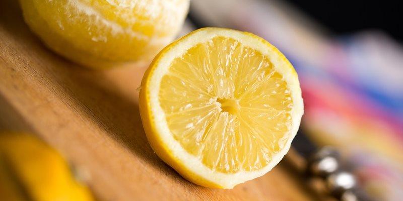 Lemon cosmetic properties